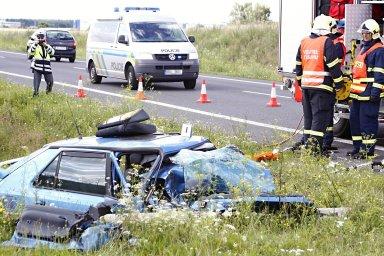 Na evropských silnicích loni zemřelo celkem 25 100 lidí.
