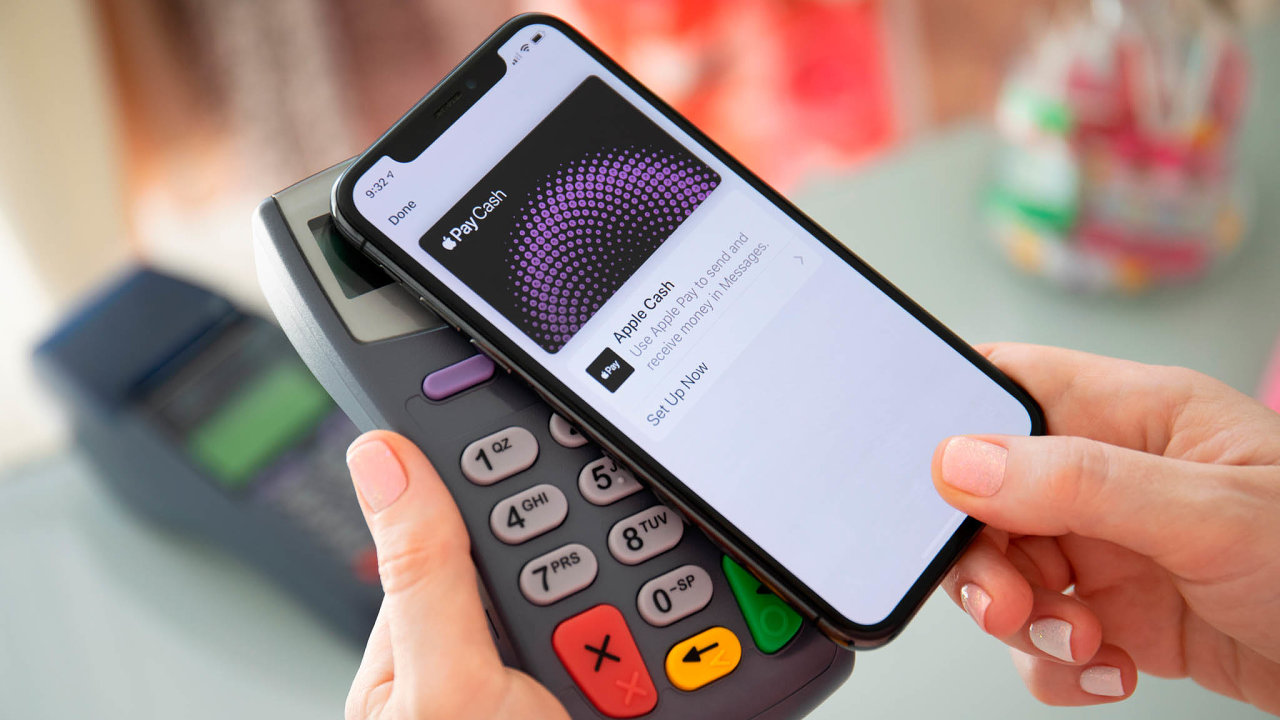 Mezi výhody služeb Apple Pay, Google Pay adalších patří ipříjemné používání.