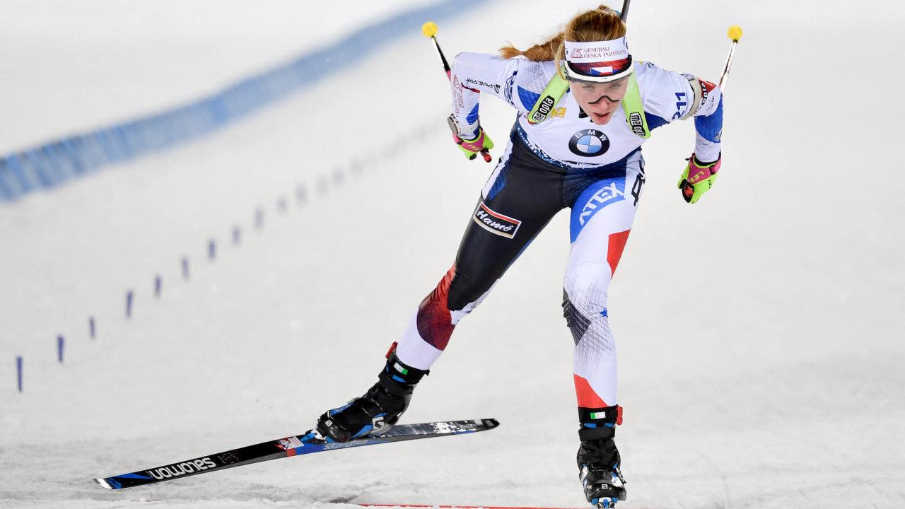 Závodníci bezfanoušků: Česká reprezentantka Markéta Davidová získala medaili hned vúvodu letošního Světového poháru vÖstersundu.