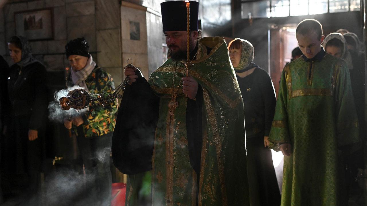 Nesnadný cíl. Tváří v tvář realitě jsou argumenty pravoslavné církve proti potratům v Rusku slabé.