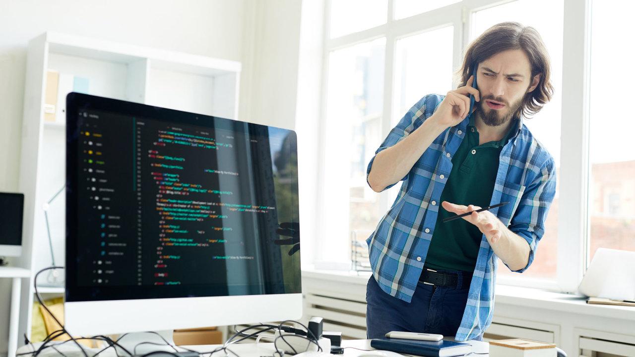 Pandemie IT odvětví prospěje, neboť urychluje trend digitalizace nebo přechod na home office.