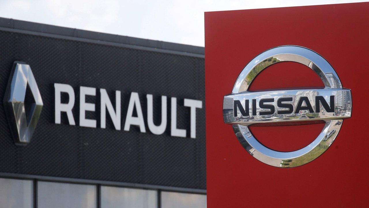 Automobilka Renault je v podezření kvůli podvodům s emisemi.