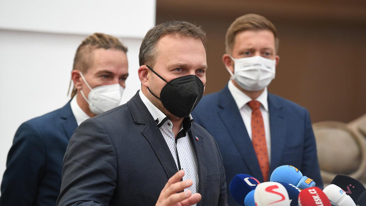 Od zemědělství k průmyslu a obchodu? Bývalý ministr zemědělství a šéf KDU-ČSL Marian Jurečka se ve vznikající vládě Petra Fialy začíná profilovat jako komentátor témat energetika či průmysl.