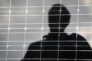Apple údajně chystá iPhone s fotoelektrickými články, naznačují to uzavřené smlouvy i patenty