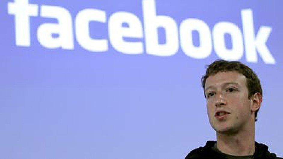 Nový systém umožňuje rodičům dohlížet na facebookové účty jejich dětí.