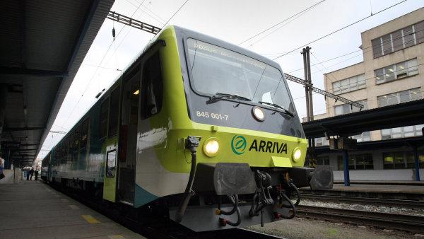 Dopravce Arriva zůstává dceřinou společností Deutsche Bahn.