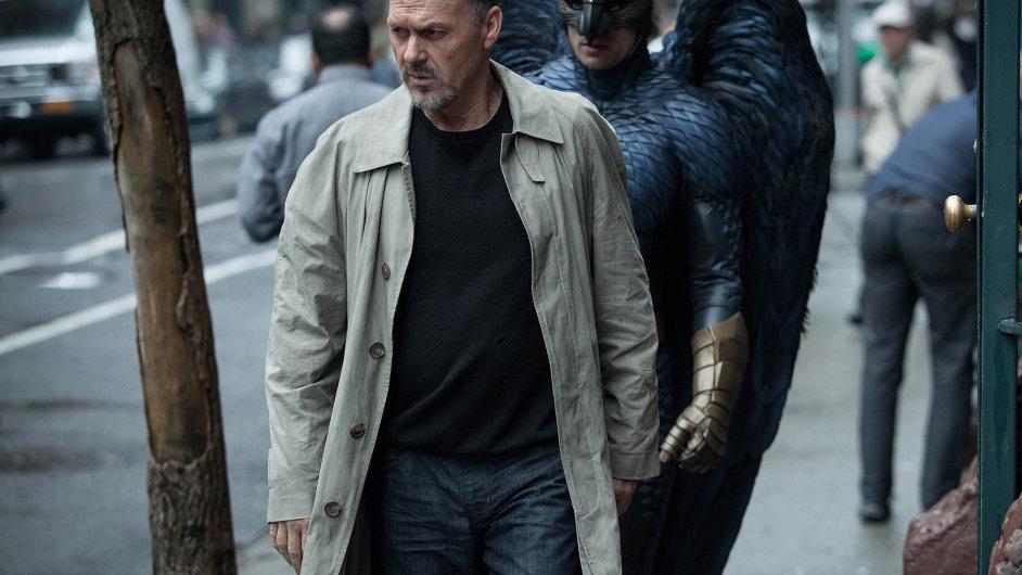 Film Birdman získal Zlatý glóbus za scénář a nejlepší herecký výkon.