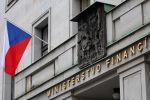 Loni ministerstvo financí zaplatilo na splátkách státního dluhu prostřednictvím takzvané dluhové služby přes 48 miliard korun.