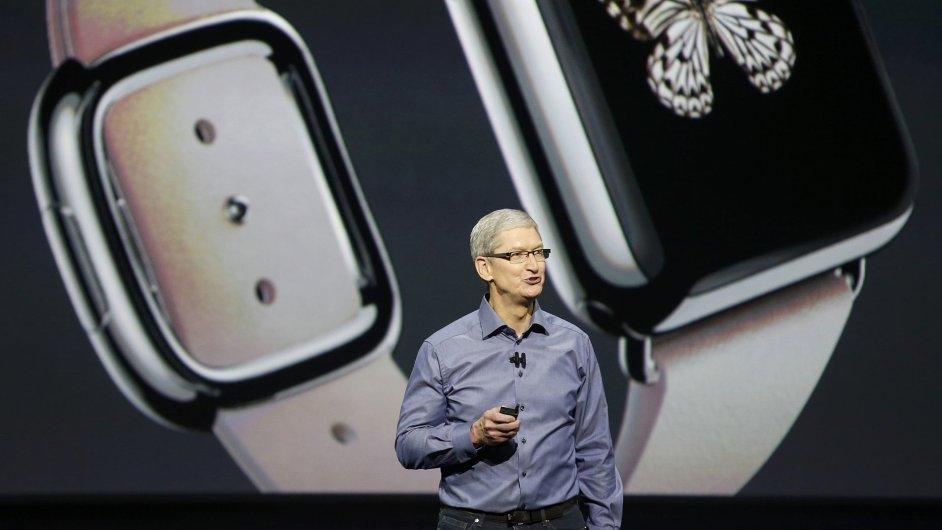 03b5fb0ce62 Chytrých hodinek se poprvé prodalo více než švýcarských. Dodávky rostly o  více než 300 procent