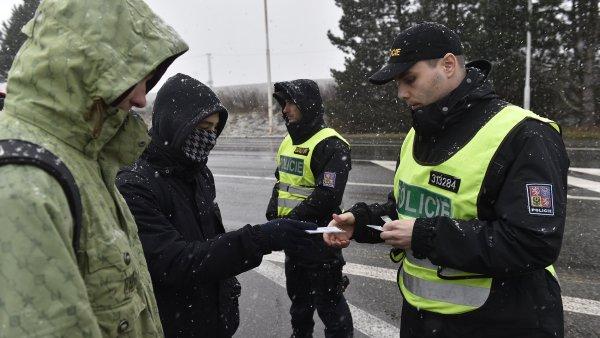 Padesátka vybraných policistů odjela do Maďarska na konci října - Ilustrační foto.