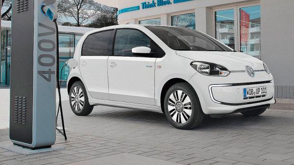 Nejlevnější elektromobil na českém trhu Volkswagen e-up! stojí téměř 620 tisíc korun.