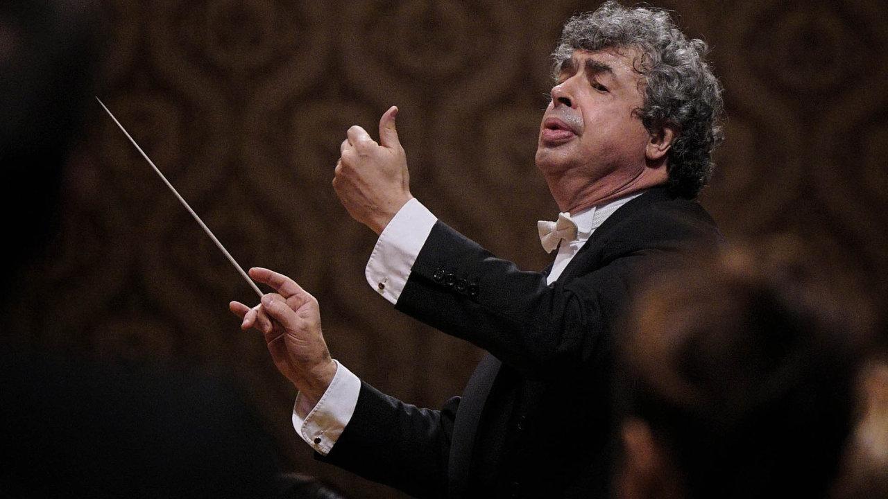 Kromě Jiřího Bělohlávka a Semjona Byčkova (na snímku) bude Českou filharmonii ve 121. sezoně řídit dalších šest hostujících dirigentů.