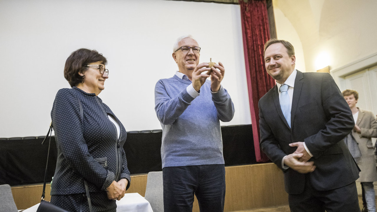 návštěva kandidáta na prezidenta Jiřího Drahoše v rodném Jablunkově po prvním kole prezidentských voleb