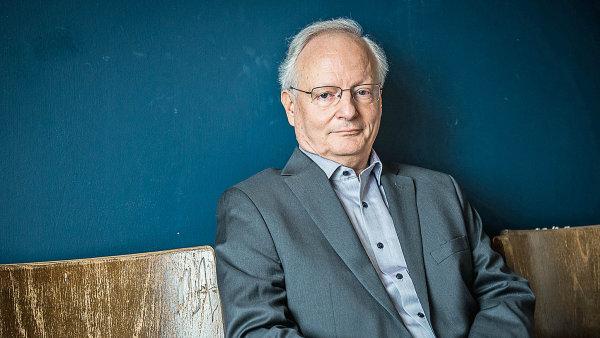 Antoine Marés se specializuje na dějiny střední Evropy.
