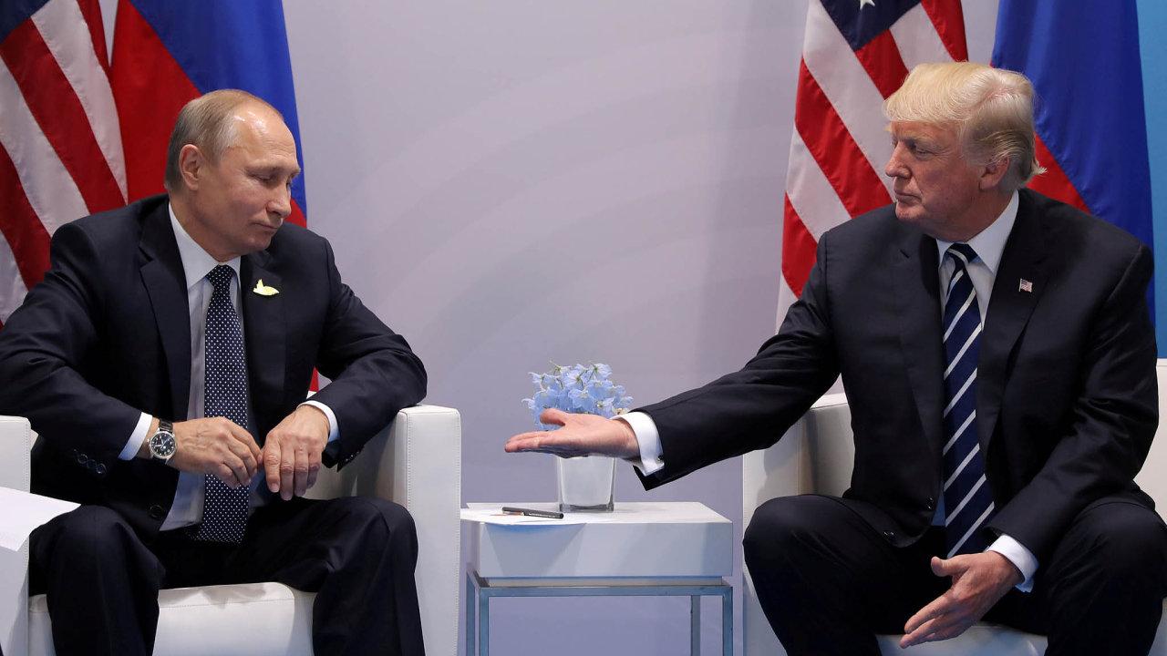 Donald Trump se s Vladimirem Putinem sešel už loni, při jednání skupiny G20 v Hamburku.
