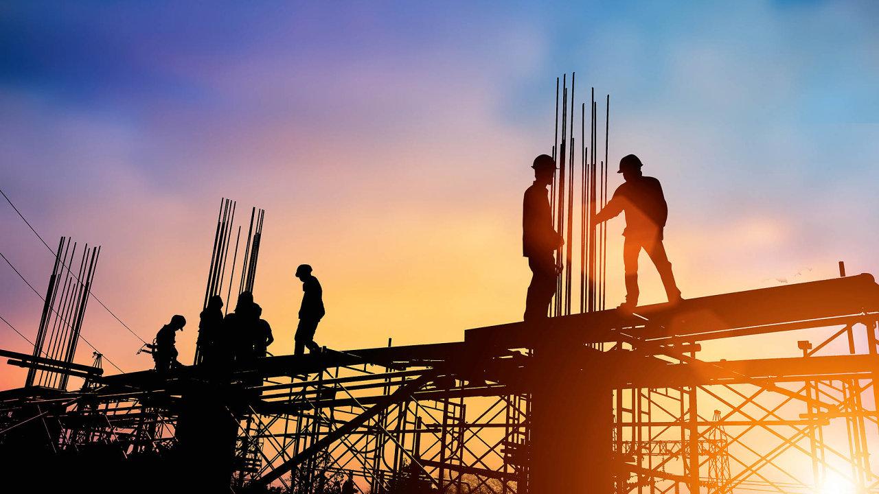 Materiálů, ze kterých lze postavit nový dům, je na trhu opravdu mnoho, od klasických, prověřených desetiletími, či dokonce staletími, po novinky či znovuobjevené materiály.