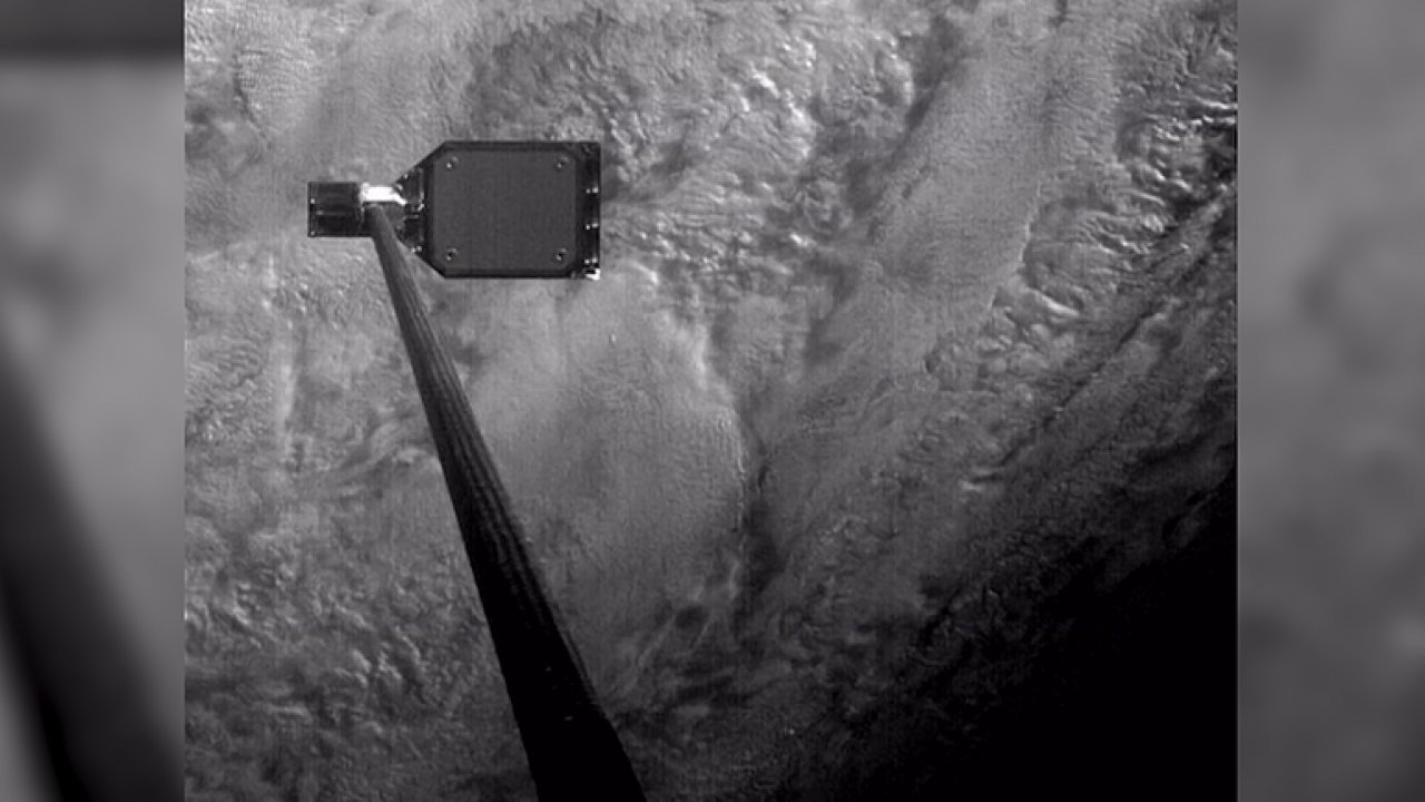Vědci poprvé otestovali harpunu na sběr vesmírného odpadu kolem Země.