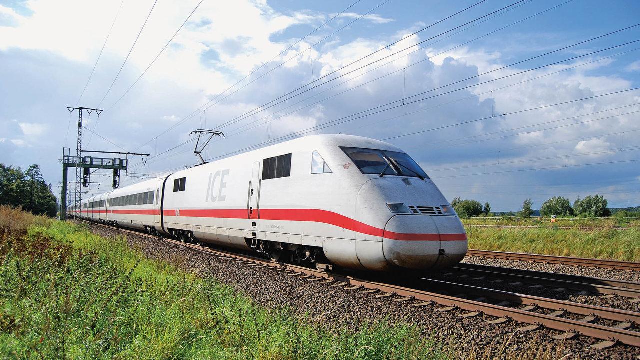 Ačkoli se vysokorychlostní železnice navrhují především pro přepravu osob, již odpočátku jejich existence vyvstávala otázka, jestli by se nedaly použít také pro přepravu nákladu (ilustrační foto).