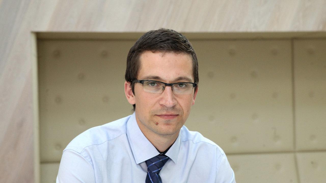 Stanislav Balík, vedoucí katedry politologie Fakulty sociálních studií Masarykovy univerzity v Brně.