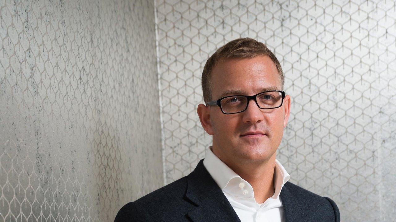 Čtyřiačtyřicetiletý Daniel Křetínský rozšiřuje svůj byznysový záběr imimo energetiku, naníž vyrostl.