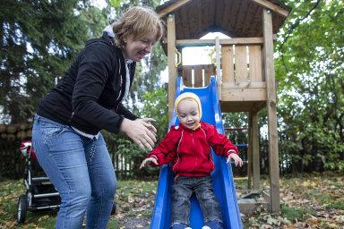 Romana Žváčková se synem Jaroslavem. Terapie pro autistické děti doporučila synovi logopedka, ačkoliv diagnózu autismu stanovuje jen psychiatr nebo psycholog.