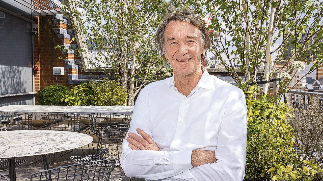 Jim Ratcliffese vesvém byznysu akcionářům zpovídat nemusí. Může si tak dovolit kontroverzní investice.