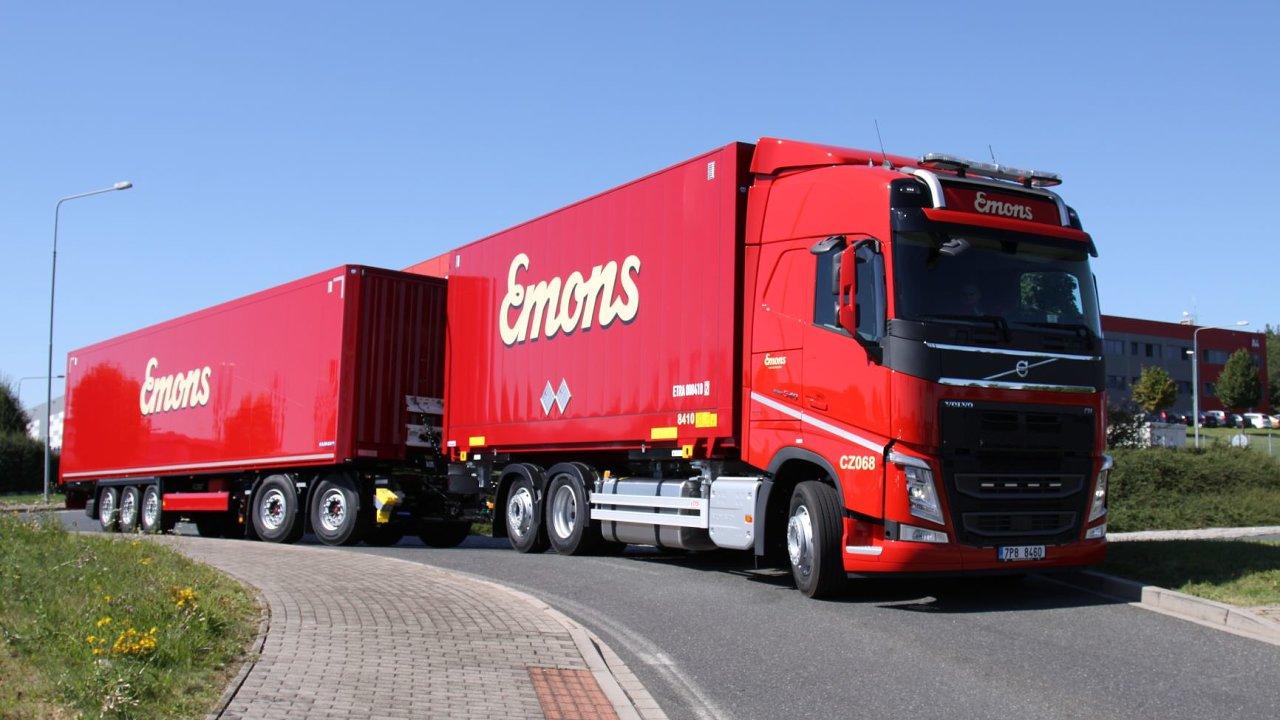 Emons Spedice je dalším dopravcem, který v Česku využívá tvz. gigalinery.