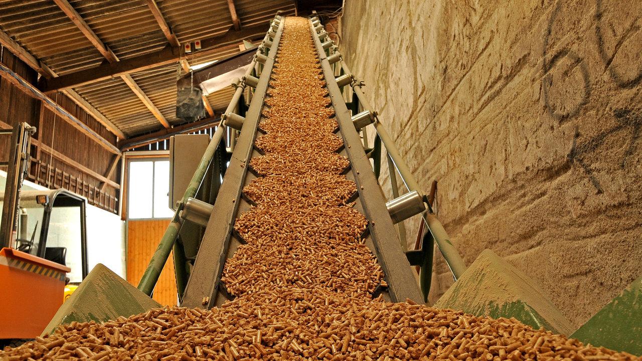 Jedním z nejvýznamnějších výrobců pelet v Česku je Biomac z Uničova. Loni společnost zvýšila produkci o 40 procent. Ilustrační foto