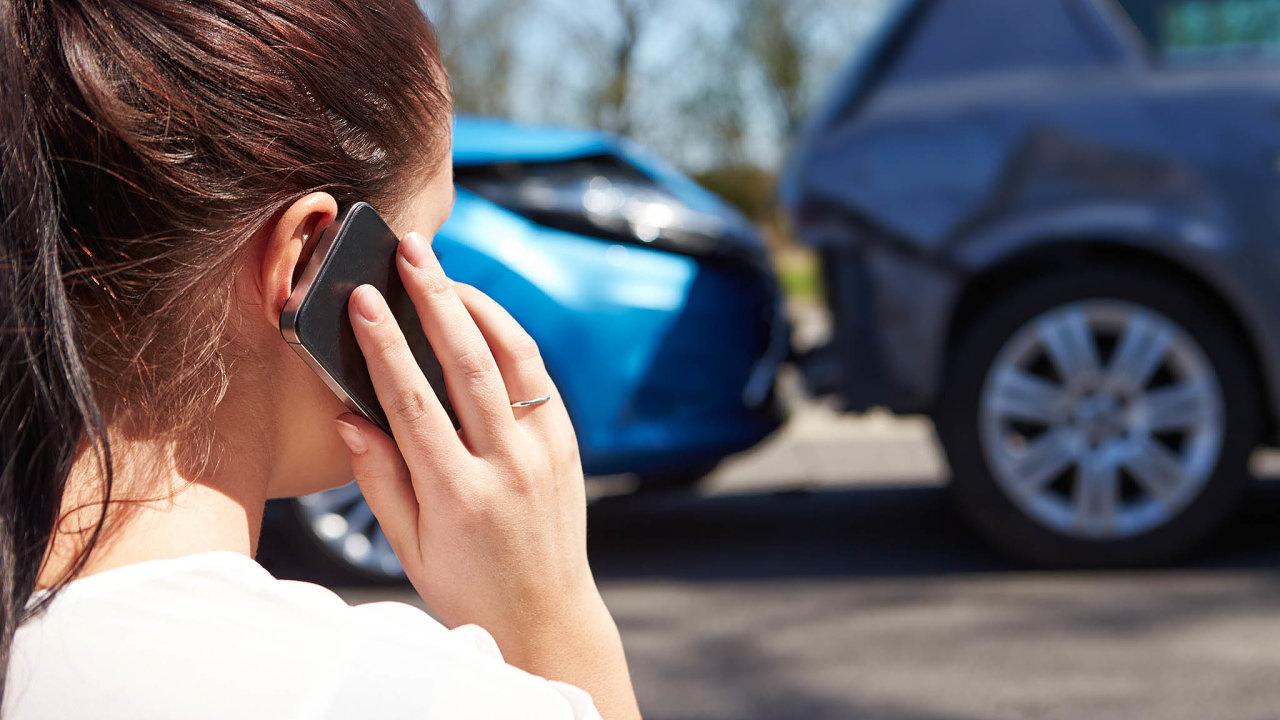 Byznys spovinným ručením je pro pojišťovny dlouhodobě ztrátový akvůli rostoucím škodám při autonehodách se jim obtížněji daří tuto ztrátu kompenzovat. Povinné ručení proto podraží.