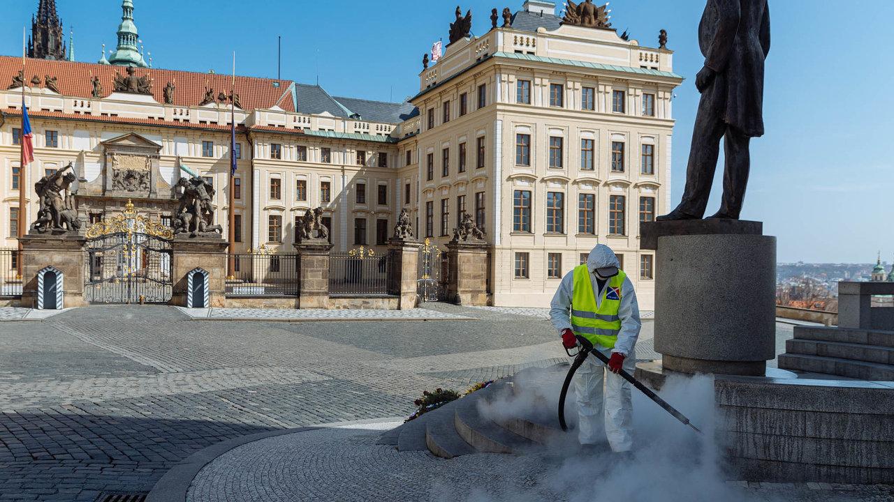 Pozdraví lidí je hned druhou prioritou pomoc podnikatelskému sektoru vPraze. Ten je nezpochybnitelným motorem české ekonomiky.