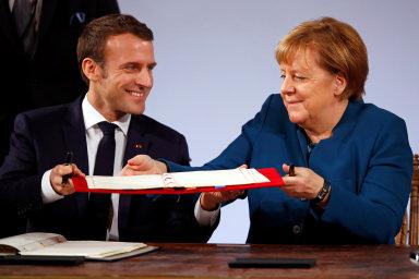 Francouzsko-německý plán na oživení evropské ekonomiky by mohl vyvolat novou vlnu euroskepticismu. Ve Francii podporuje sdílení finanční zátěže pouze 47 procent respondentů, v Německu 43 procent.