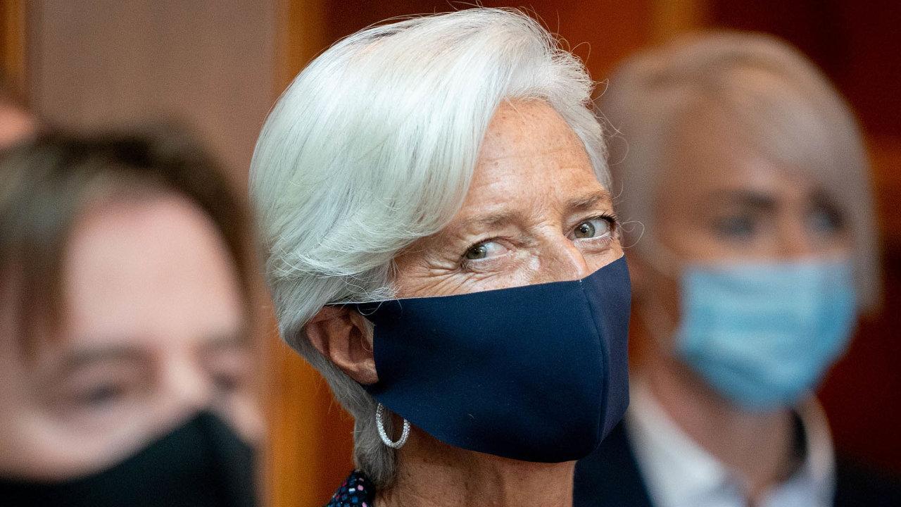 Expertka nakonsenzus. Umění sjednocovat zpočátku ivelmi protichůdné názory se bude šéfce ECB Lagardeové při zvládání současné krize vyvolané pandemií hodit.