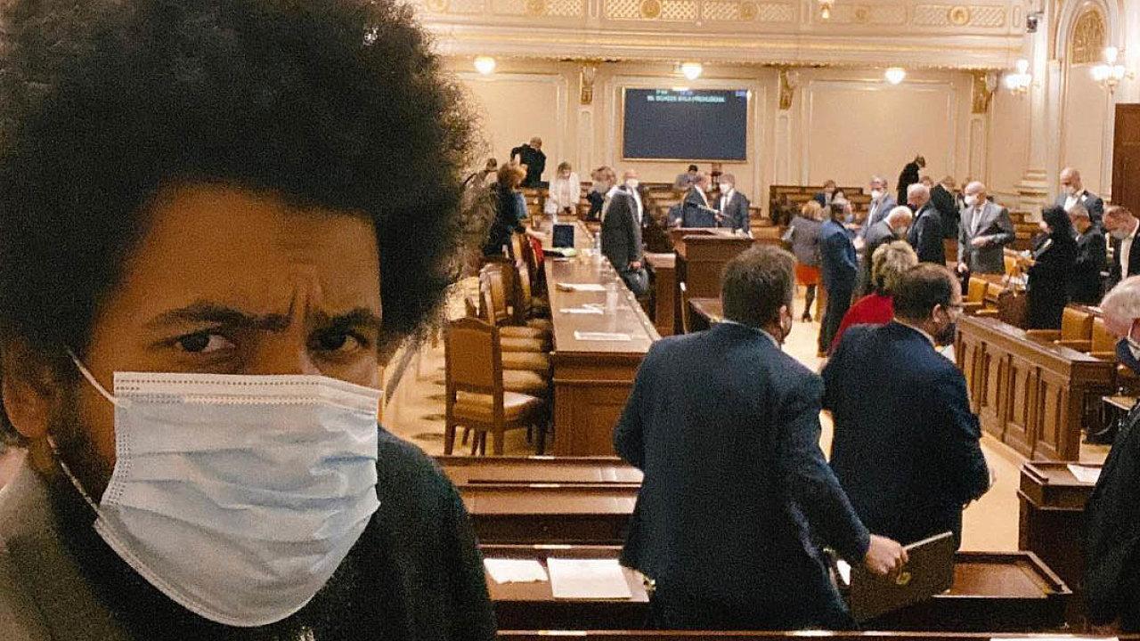 Odchod ze sněmovny. Dominik Feri toto úterý oznámil, že rezignuje na poslanecký post a nebude za TOP 09 a koalici Spolu kandidovat v letošních volbách.