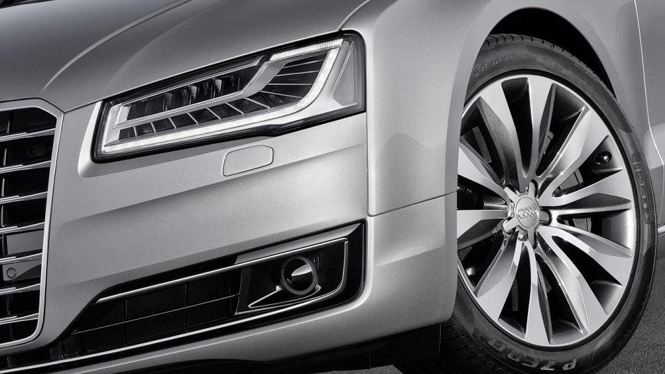 Přiveze omlazené Audi A8 značce oživení v Česku?