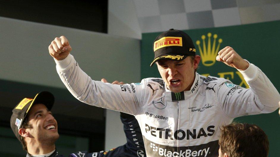 Nico Rosberg slaví vítězství ve VC Austrálie