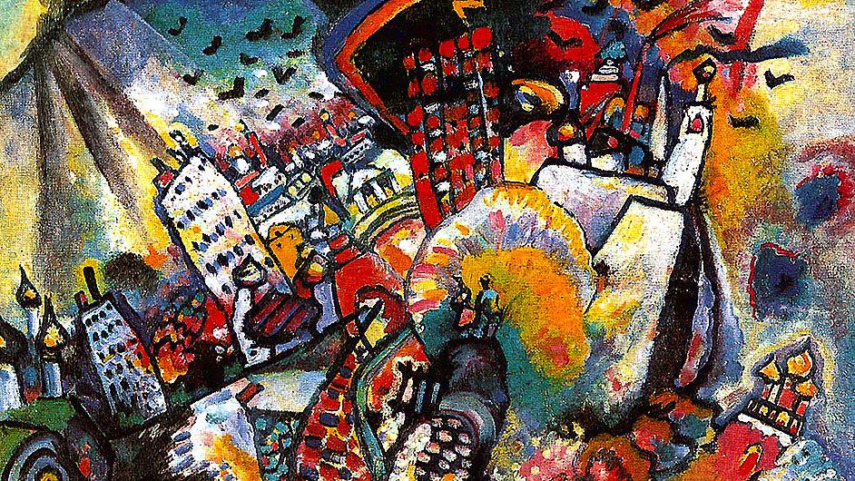 Na výstavě nechybí obraz Vasilije Kandinského nazvaný Moskva z roku 1916.