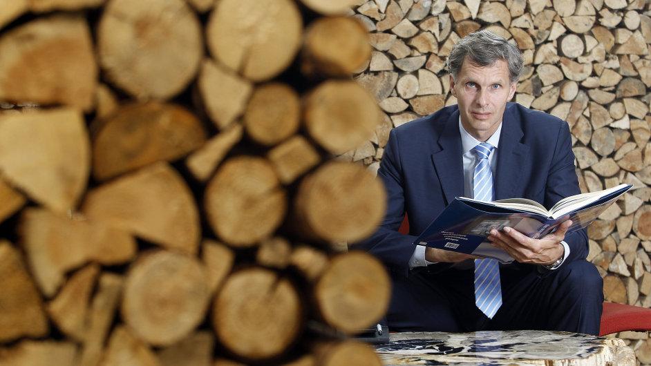 Jiří Kejval, šéf výrobce nábytku Techo a předseda Českého olympijského výboru