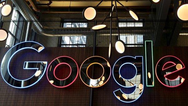 Spole�nost Google bude muset ve Velk� Brit�nii doplatit 130 milion� liber na dan�ch.