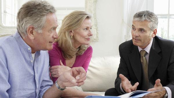 Peer to peer půjčky jsou často výhodnější než ty bankovní - Ilustrační foto.
