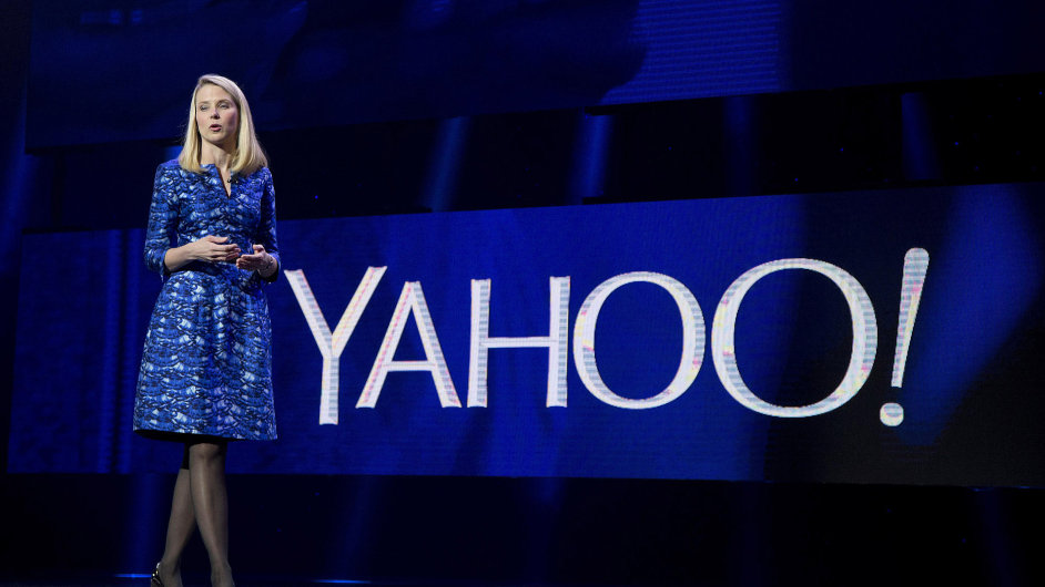 USA LAS VEGAS YAHOO CEO SEVERANCE PACKAGE 331