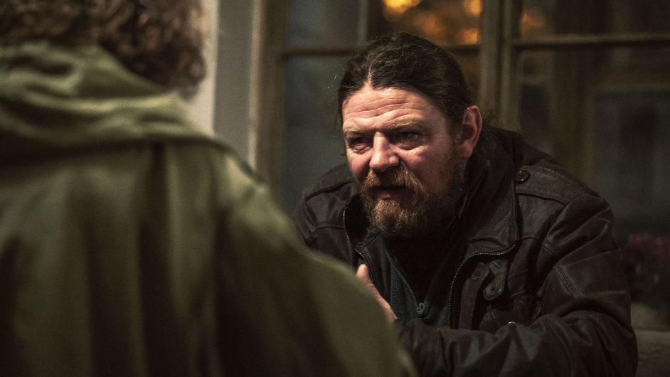 Na tuzemské HBO by měl seriál Pustina debutovat na podzim.