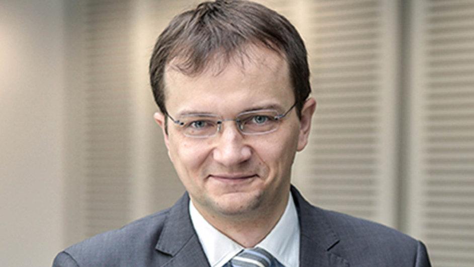 Miroslav Adamkovič, investiční analytik ČSOB Asset Management.
