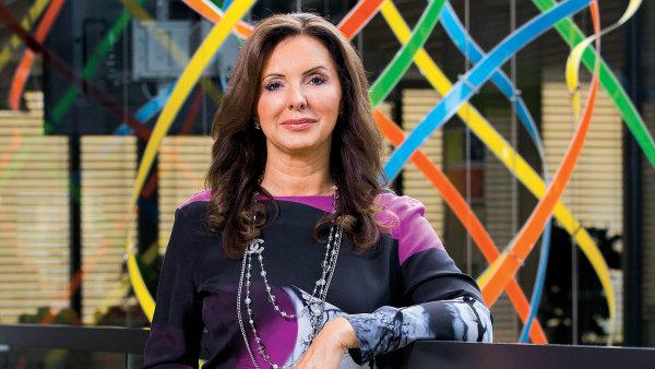 Každý přístroj může být chytrý, když se dokáže propojit s inteligentní aplikací, říká šéfka českého Microsoftu Biljana Weberová.