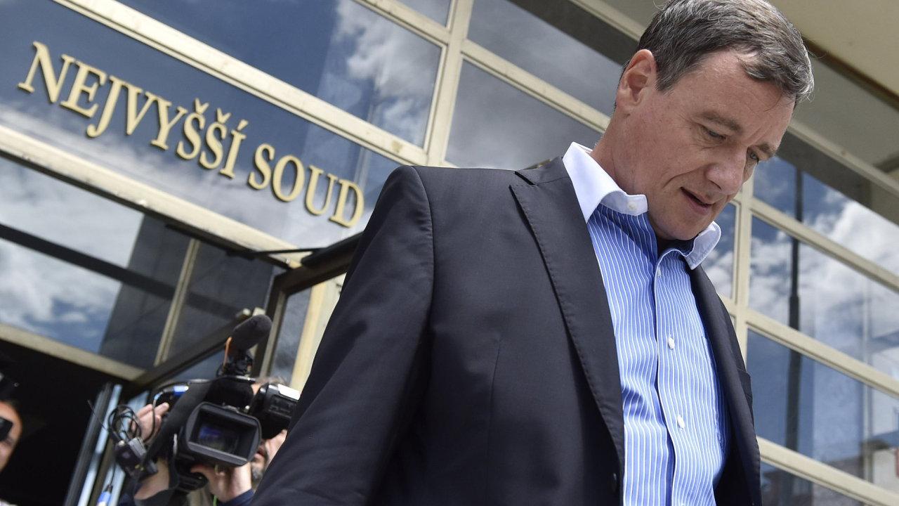 David Rath odchází od Nejvyššího soudu.