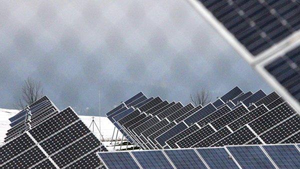 Česko vede s provozovateli solárních elektráren spory za miliardy korun (ilustrační snímek).