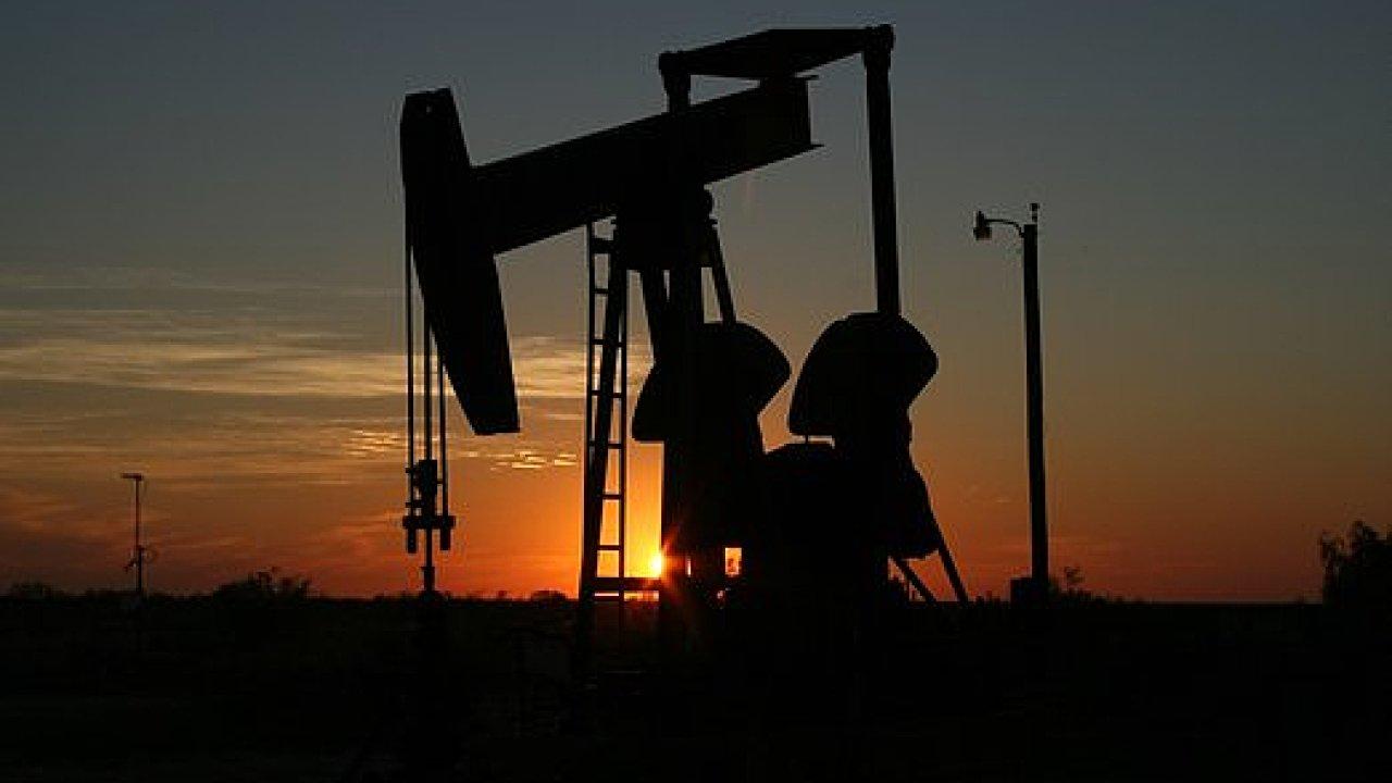 Těžba ropy, ilustrace