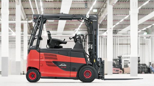 Vozík Linde Roadster může být vybaven pohonem pomocí palivových článků.