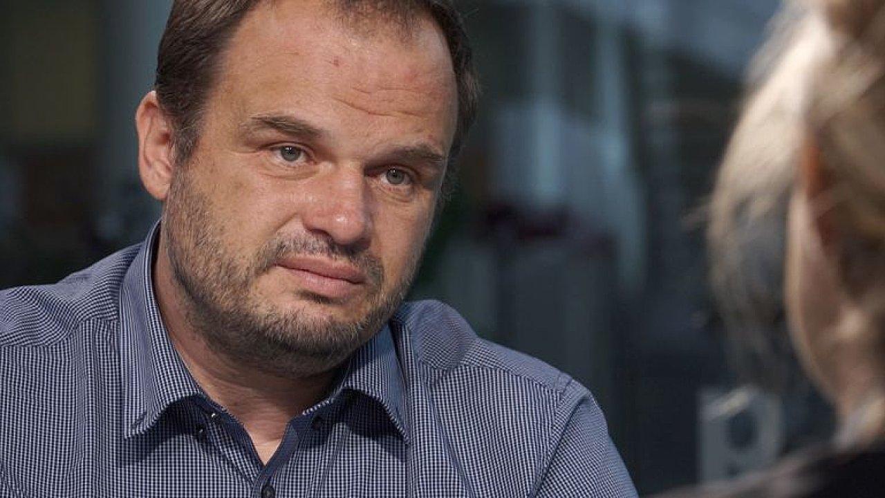 ŽIVĚ: Michal Šmarda vysvětluje, proč utekl z boje o ministra. Bude Zaorálek lepší?