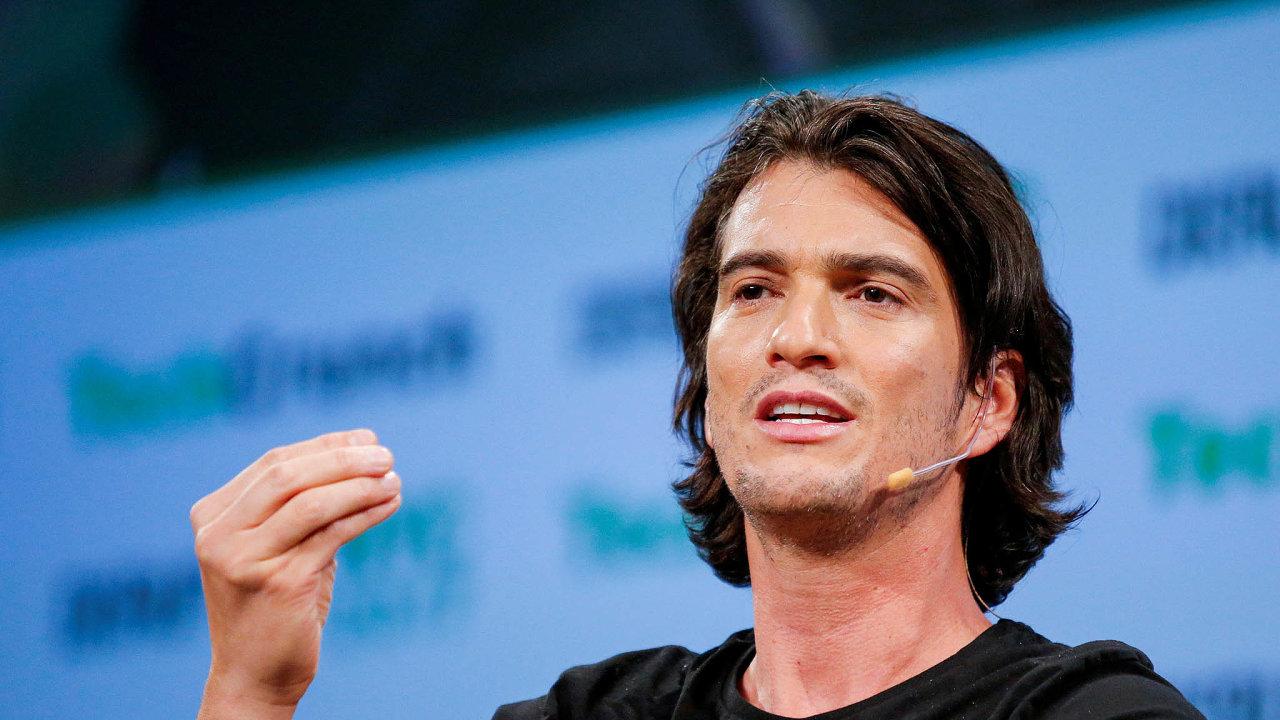 Adam Neumann je jedním ze zakladatelů WeWork. Magazín Forbes jeho jmění odhaduje navíce než čtyři miliardy dolarů. Své peníze investuje mimo jiné dorealit astart-upů.