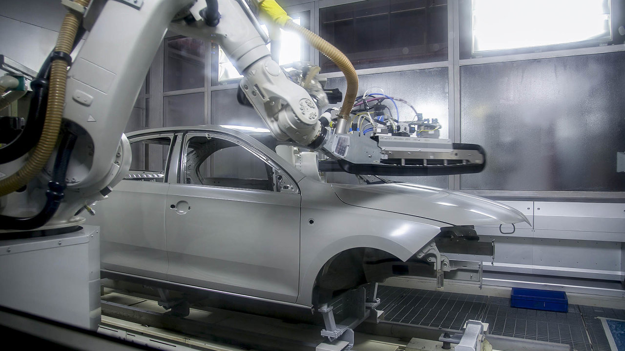 Česko drží na solidních hodnotách především automobilky.